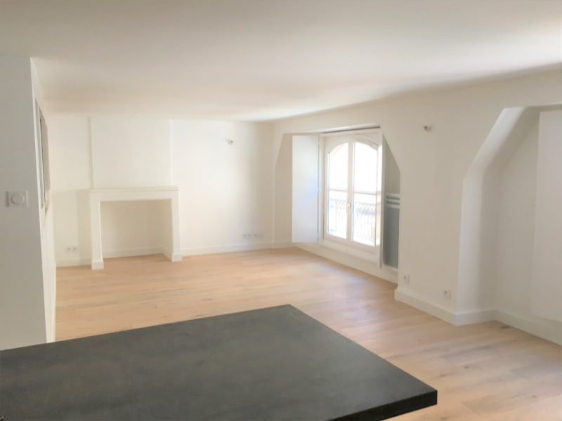 Location appartement Toulouse 1 033€ CC - Photo 3