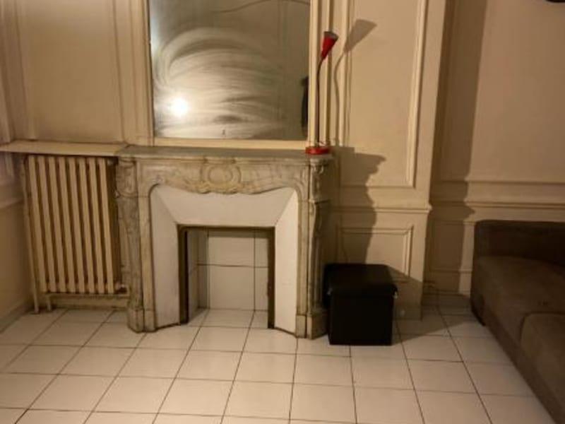 Location appartement Paris 10ème 737€ CC - Photo 3