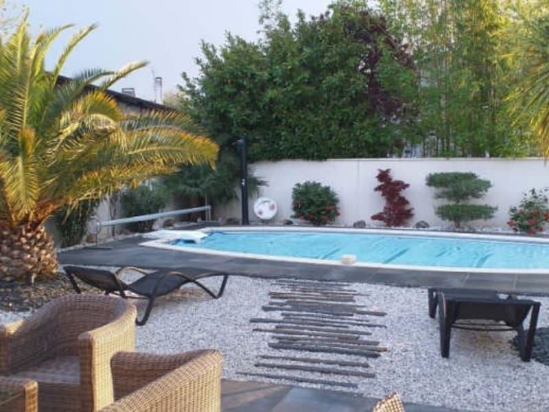 Sale house / villa Villenave d ornon 584700€ - Picture 10