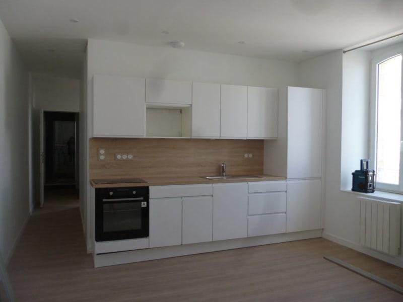 Location appartement Etel 615€ CC - Photo 1