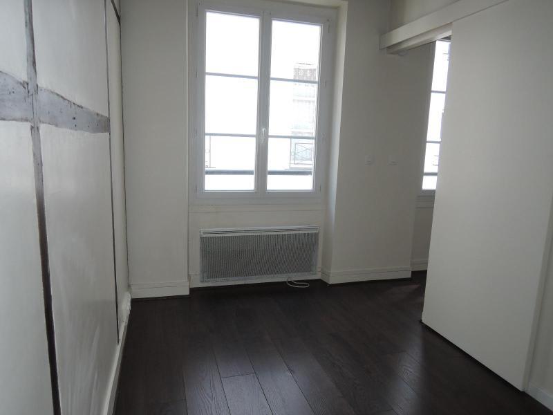 Location appartement Paris 5ème 930€ CC - Photo 4