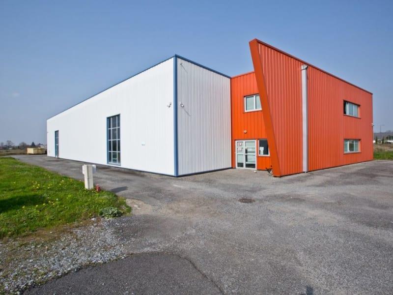Sale empty room/storage Assat 742000€ - Picture 1