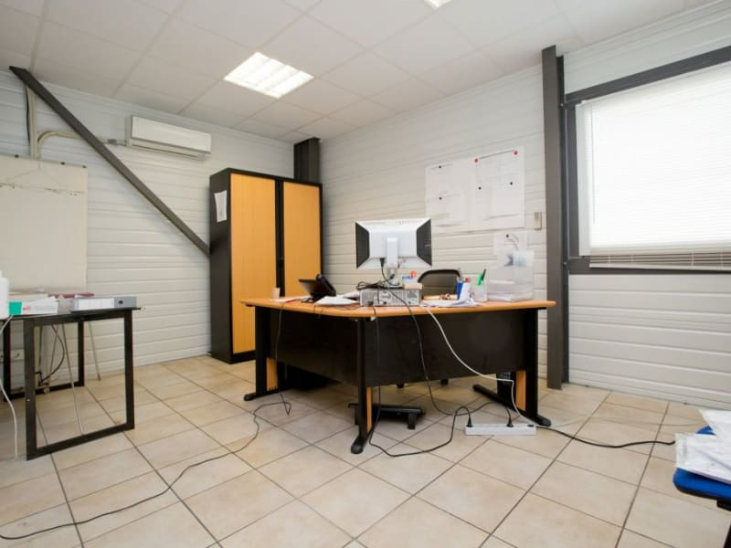 Sale empty room/storage Assat 742000€ - Picture 7