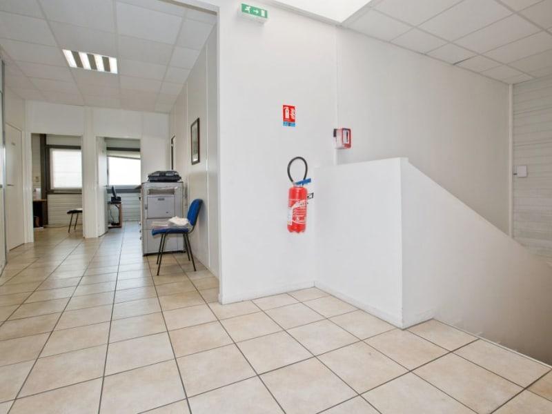 Vente local commercial Assat 742000€ - Photo 9