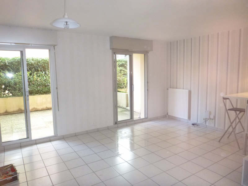 Rental apartment Pau 408€ CC - Picture 1