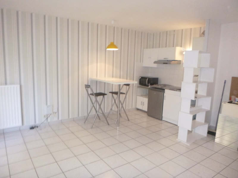 Rental apartment Pau 408€ CC - Picture 2