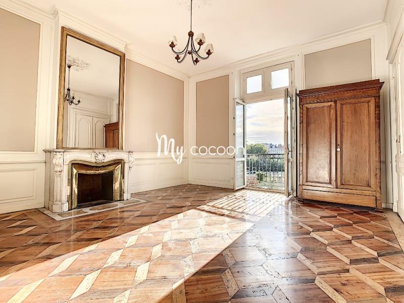 Lyon 1er - T3 - 93 m²