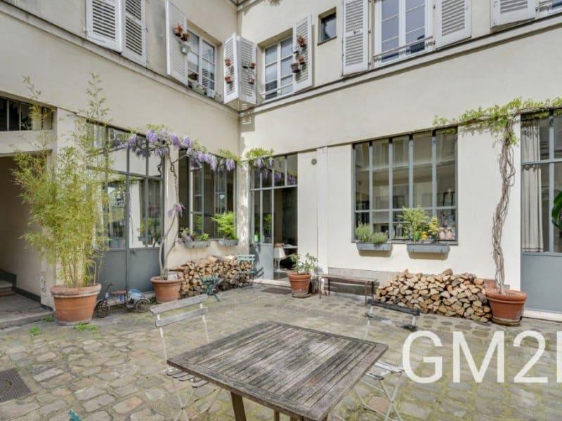 Sale apartment Paris 10ème 2020000€ - Picture 8