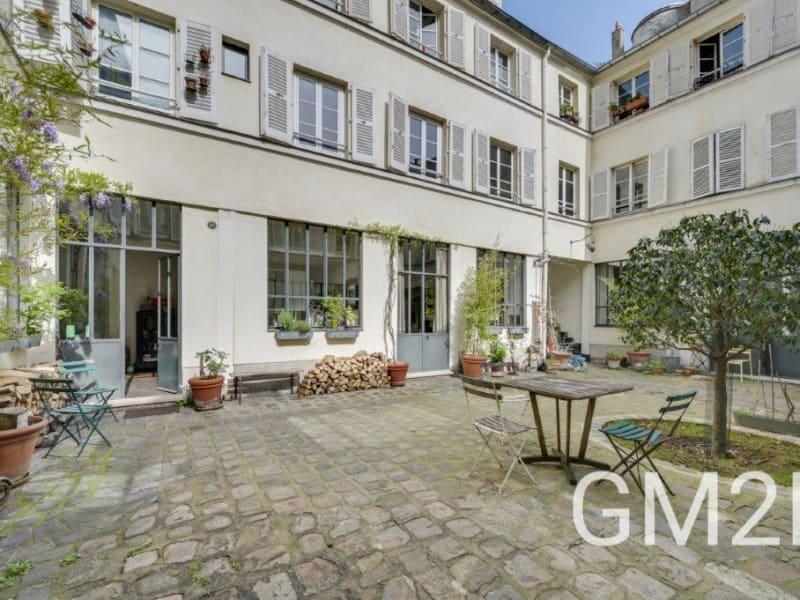 Sale apartment Paris 10ème 2020000€ - Picture 9