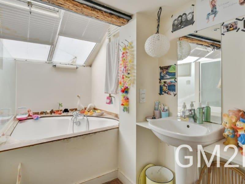 Sale apartment Paris 10ème 2020000€ - Picture 11