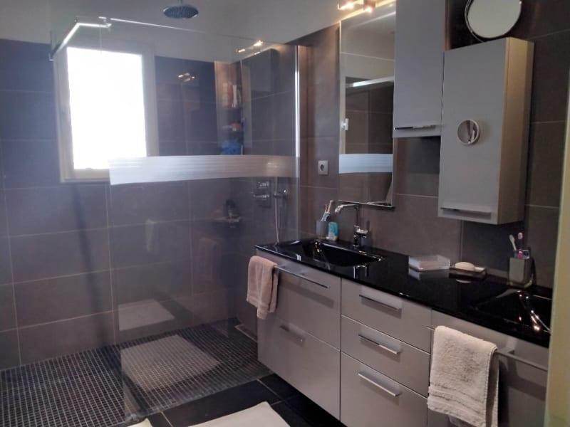 Sale house / villa Villeneuve les avignon 710000€ - Picture 11