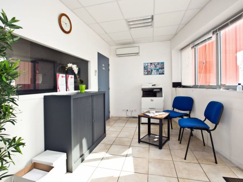 Vente local commercial Assat 742000€ - Photo 4
