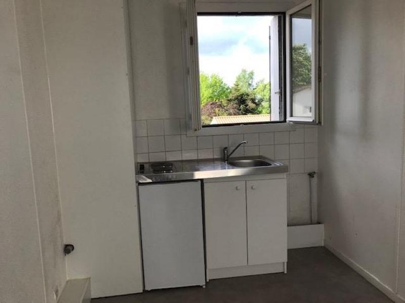 Rental apartment Cenon 464,92€ CC - Picture 2