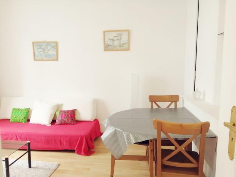 Rental apartment Paris 17ème 1010€ CC - Picture 3