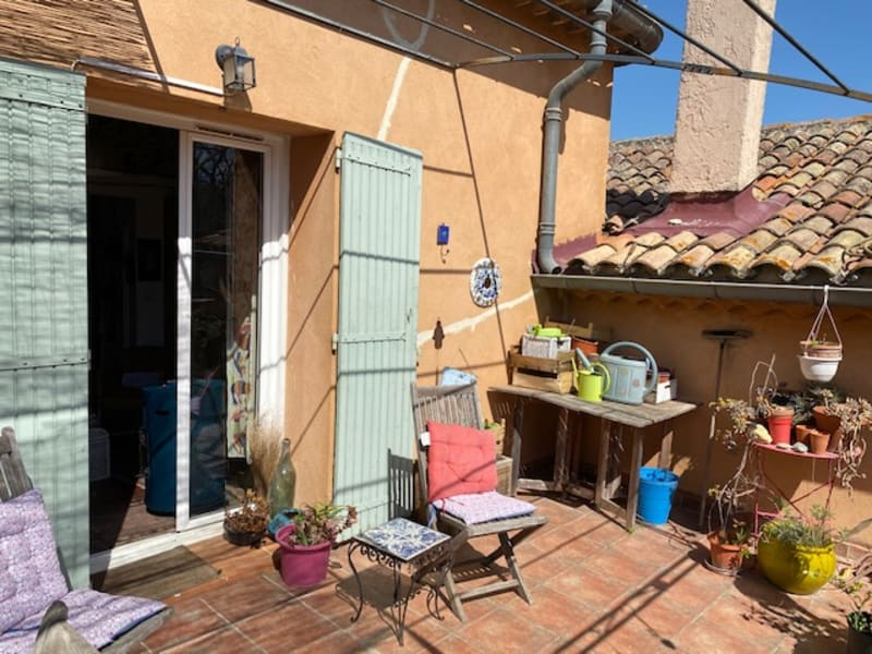 Location appartement Aix en provence 1 001€ CC - Photo 1
