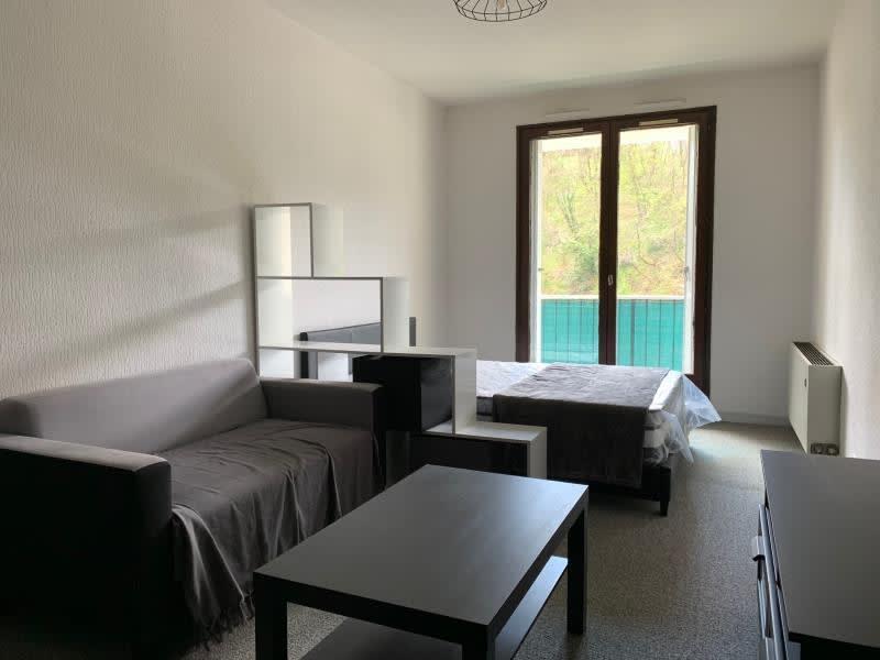 Rental apartment Pont eveque 480€ CC - Picture 1
