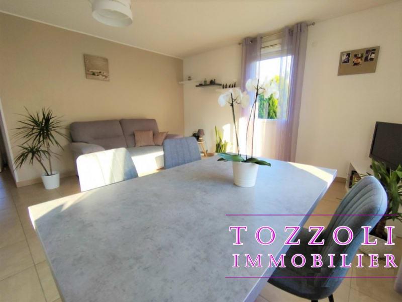 Sale apartment Vaulx milieu 227000€ - Picture 4
