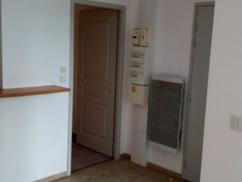 Rental apartment St vallier 330€ CC - Picture 6