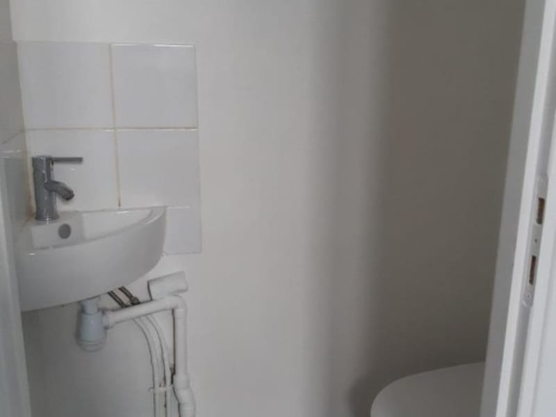Location local commercial Montrouge 470€ HC - Photo 3