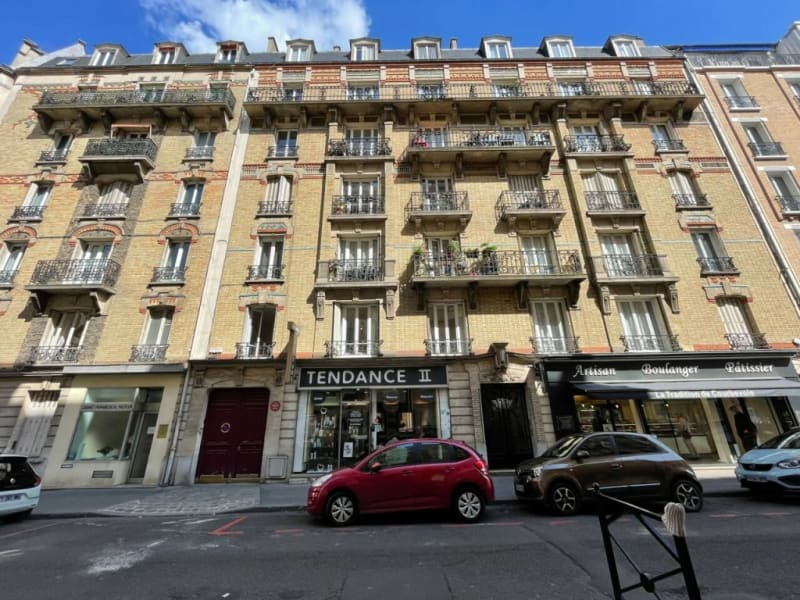 Rental parking spaces Courbevoie 130€ CC - Picture 1