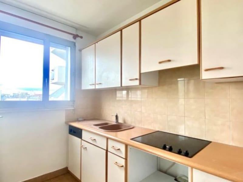 Rental apartment Courbevoie 780€ CC - Picture 5