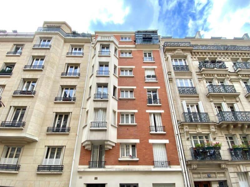 Rental apartment Paris 16ème 1000€ CC - Picture 1