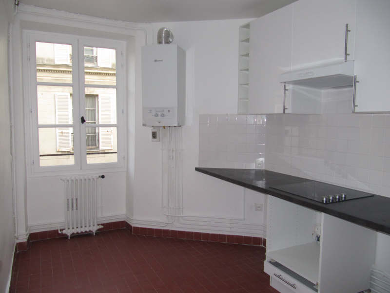 Rental apartment Versailles 1 070€ CC - Picture 2