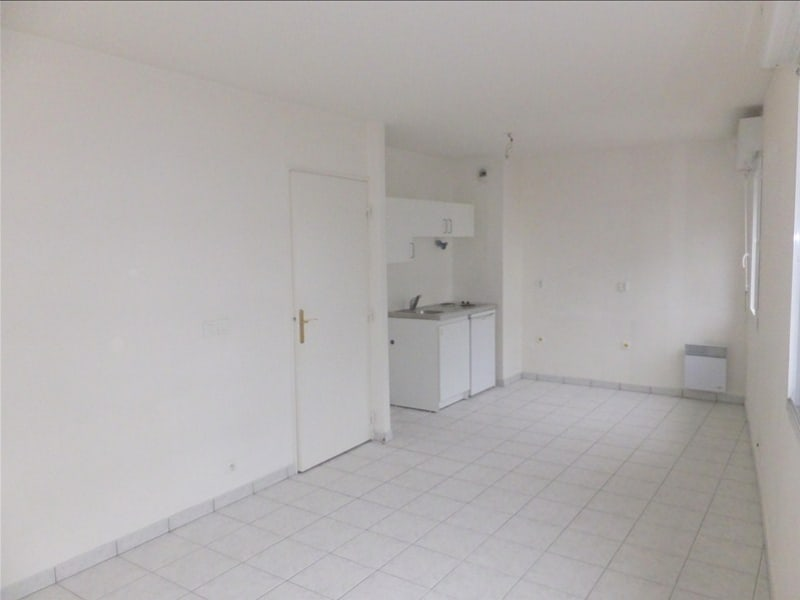 Rental apartment Montigny le bretonneux 710€ CC - Picture 4