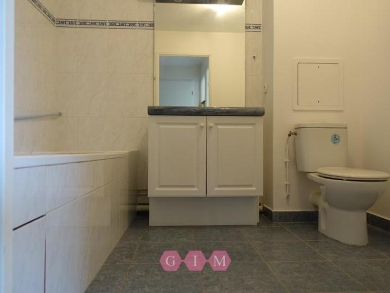 Rental apartment Chanteloup les vignes 603,60€ CC - Picture 3