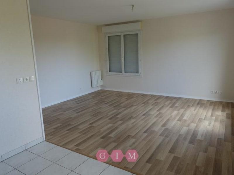 Rental apartment Chanteloup les vignes 603,60€ CC - Picture 4