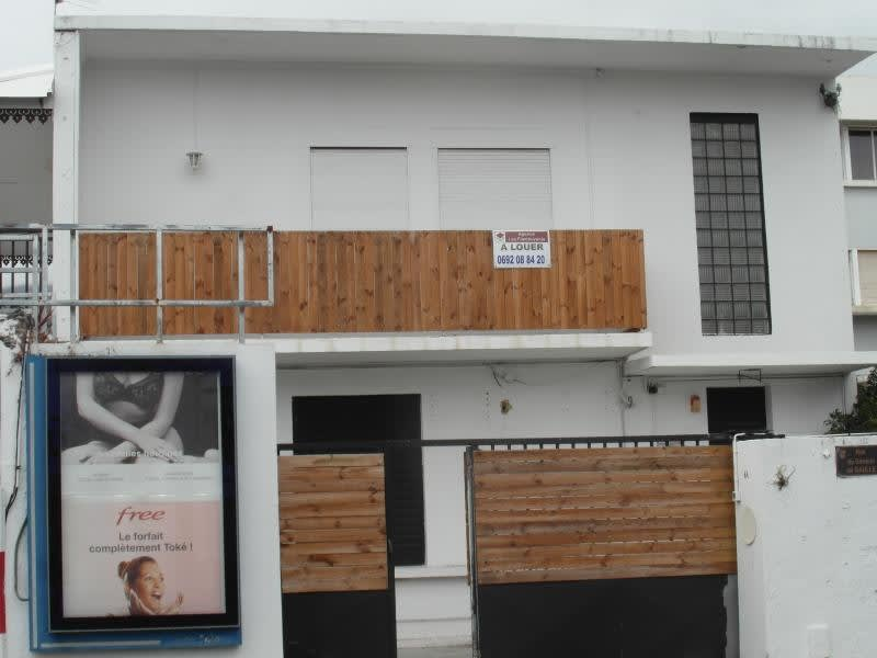 Location local commercial St denis 83,33€ HC - Photo 2