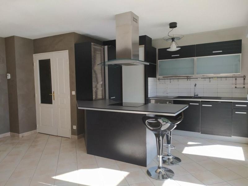 Sale apartment Gaillard 195000€ - Picture 2