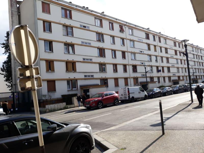 Locação apartamento Romainville 850€ CC - Fotografia 6