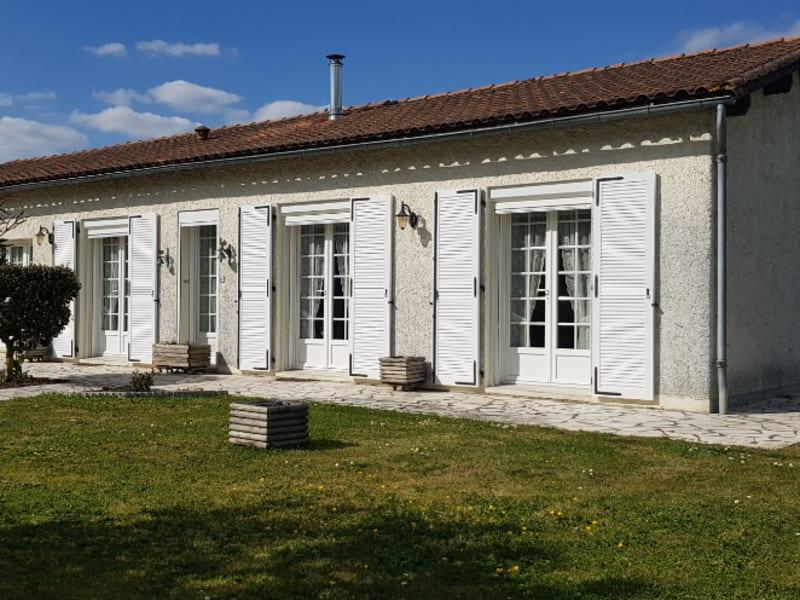 Maison plain pied 124 m² sur jardin 1000 m² - Secteur Prahecq