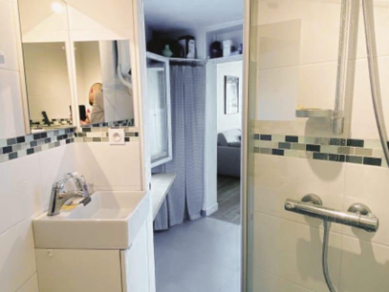 Rental apartment Paris 11ème 930€ CC - Picture 4