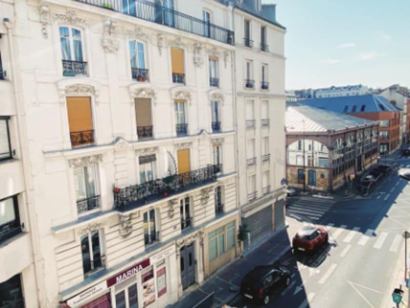 Rental apartment Paris 11ème 930€ CC - Picture 6