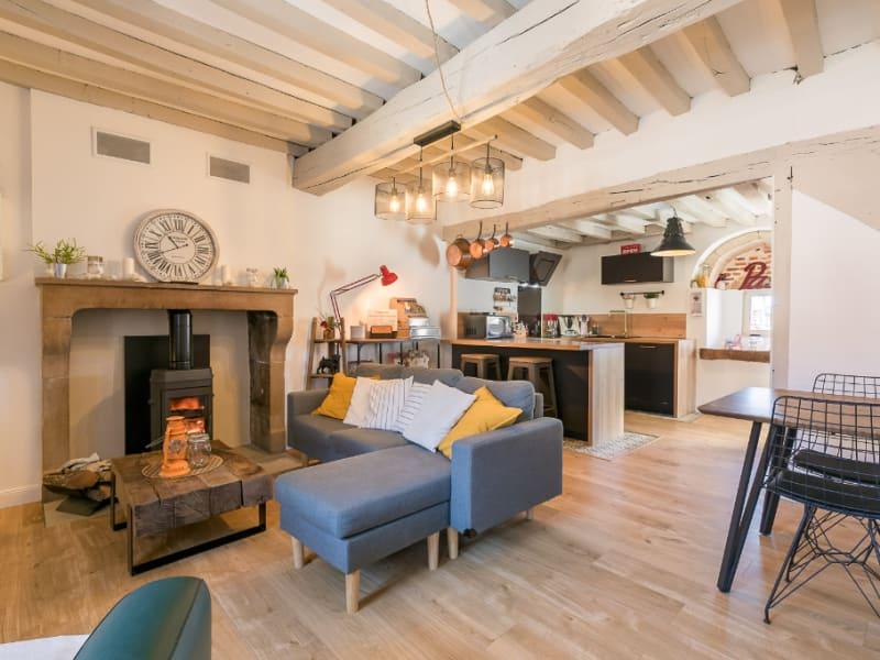 Sale house / villa Binges 269000€ - Picture 1