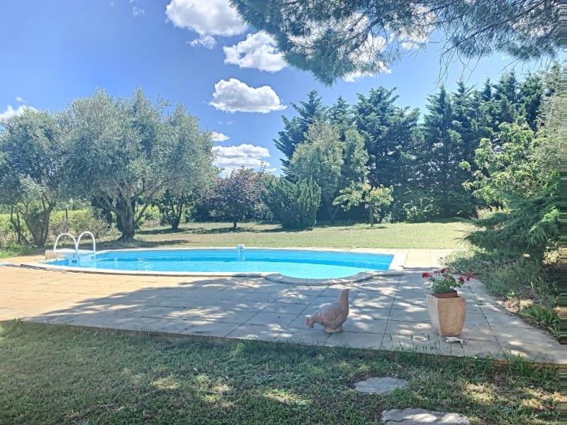 Sale house / villa Saint victor la coste 664000€ - Picture 2