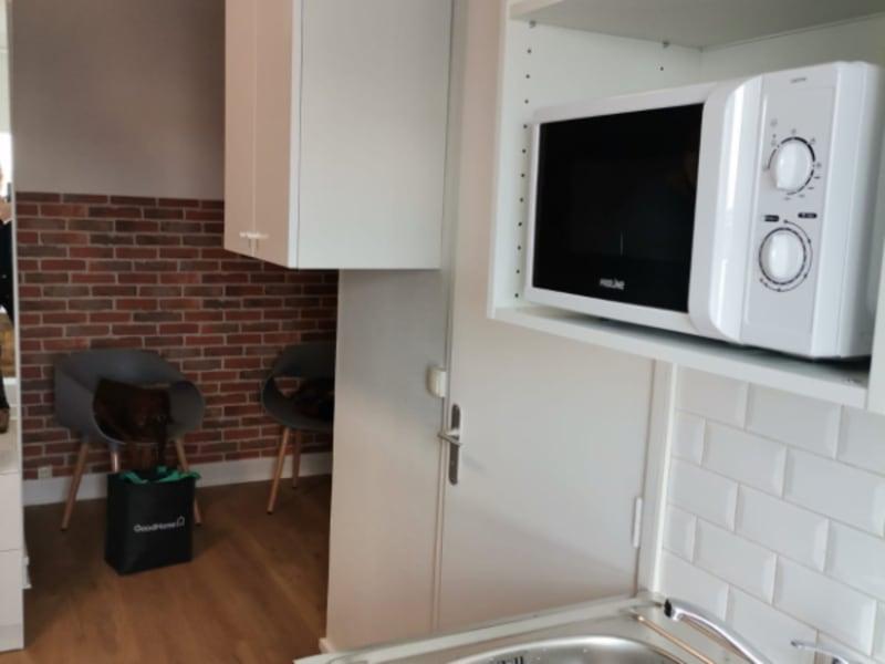 Rental apartment Paris 9ème 750€ CC - Picture 2