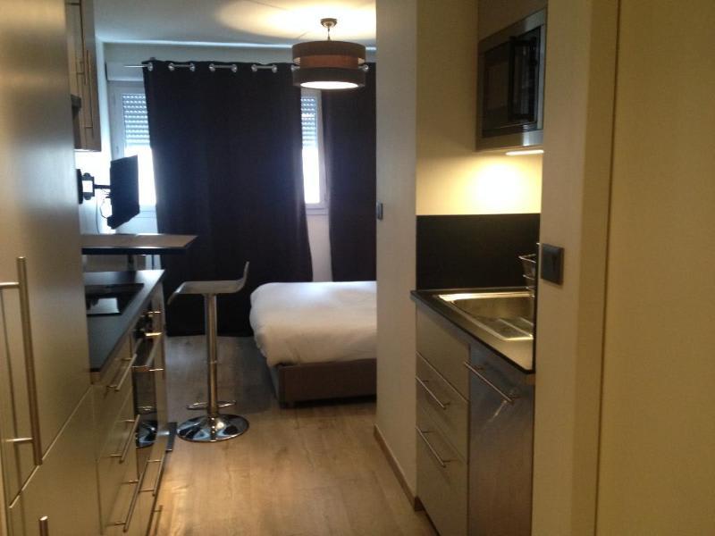 Rental apartment Lyon 3ème 750€ CC - Picture 2