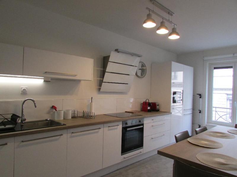 Rental apartment Lyon 6ème 1835€ CC - Picture 1