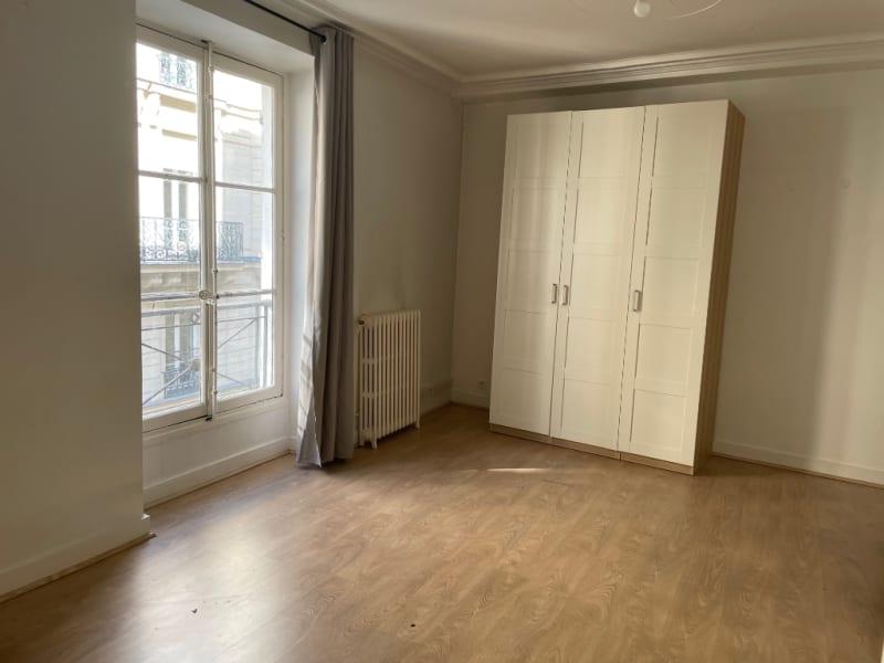 Rental apartment Paris 8ème 2700€ CC - Picture 6