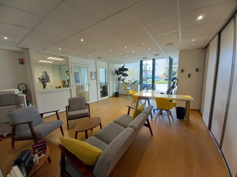 Location local commercial Rennes 1250€ HC - Photo 1