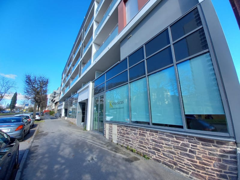 Location local commercial Rennes 1250€ HC - Photo 5