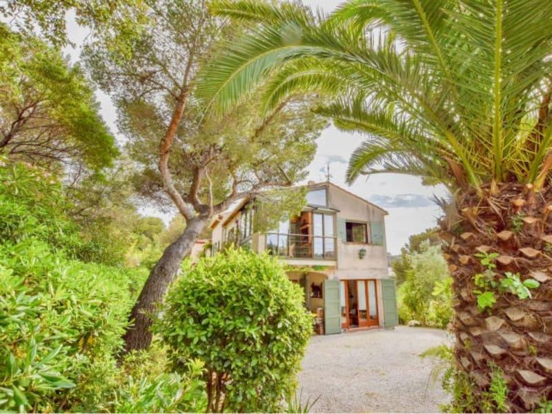 Sale house / villa Cavalaire sur mer 698000€ - Picture 1