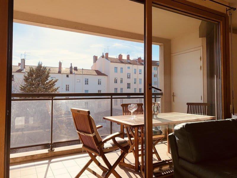 Vente appartement Lyon 8ème 875500€ - Photo 1