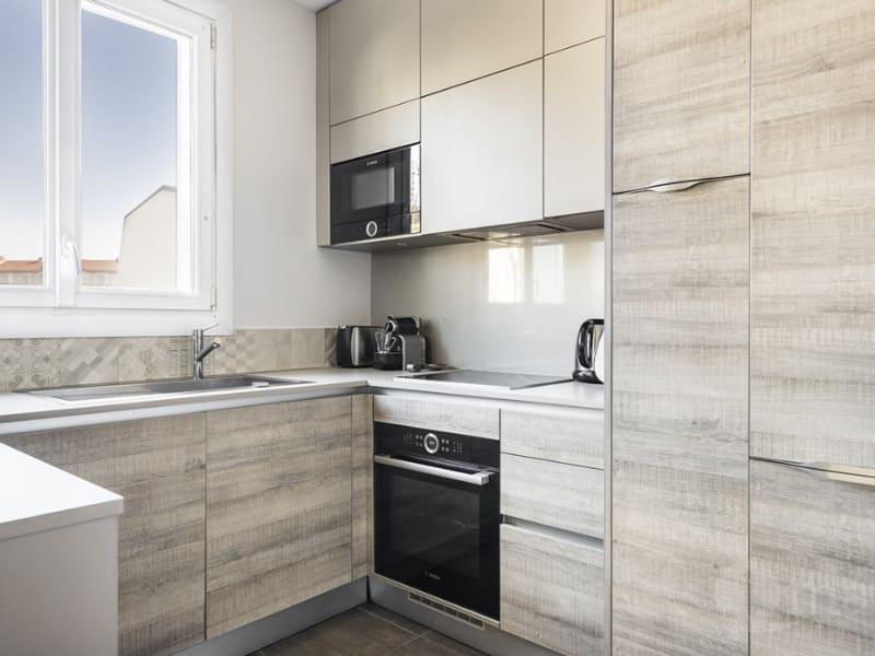 Sale apartment Courbevoie 544000€ - Picture 3