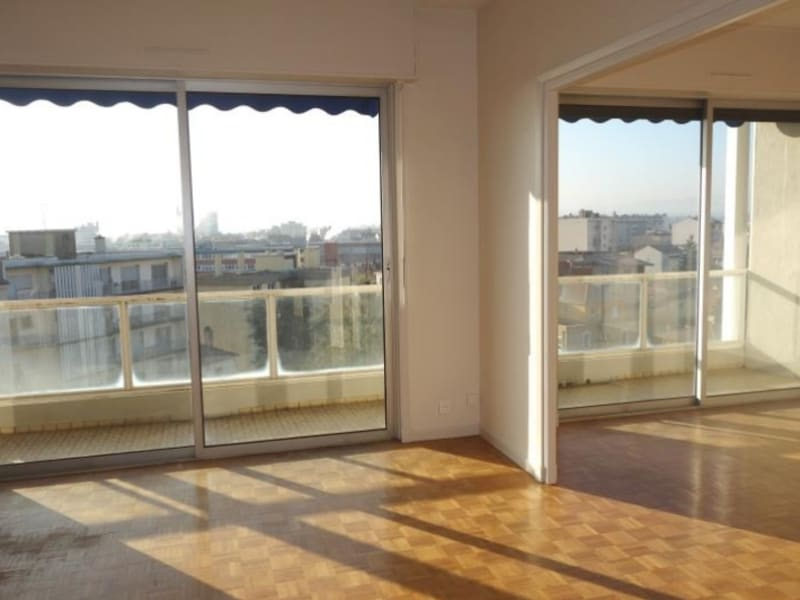 Rental apartment Roanne 700€ CC - Picture 1