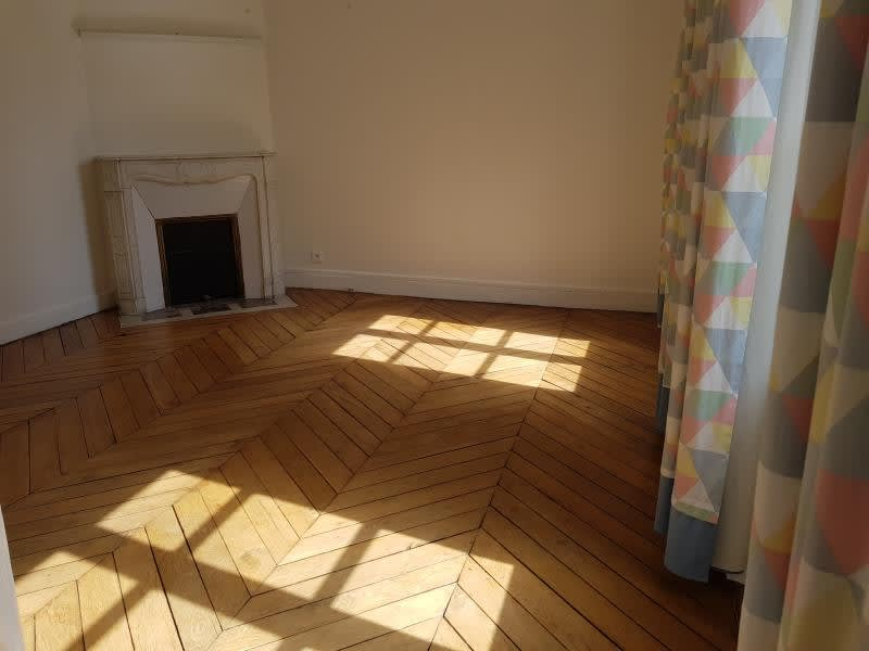Rental apartment Versailles 2 048€ CC - Picture 3
