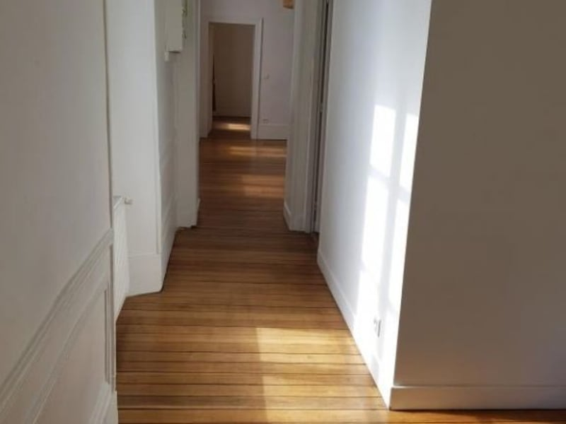 Rental apartment Versailles 2 048€ CC - Picture 4